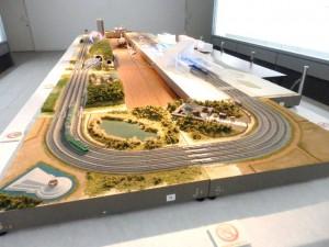 Nゲージ鉄道4線レイアウトのジオラマを展示。走行会もあります!
